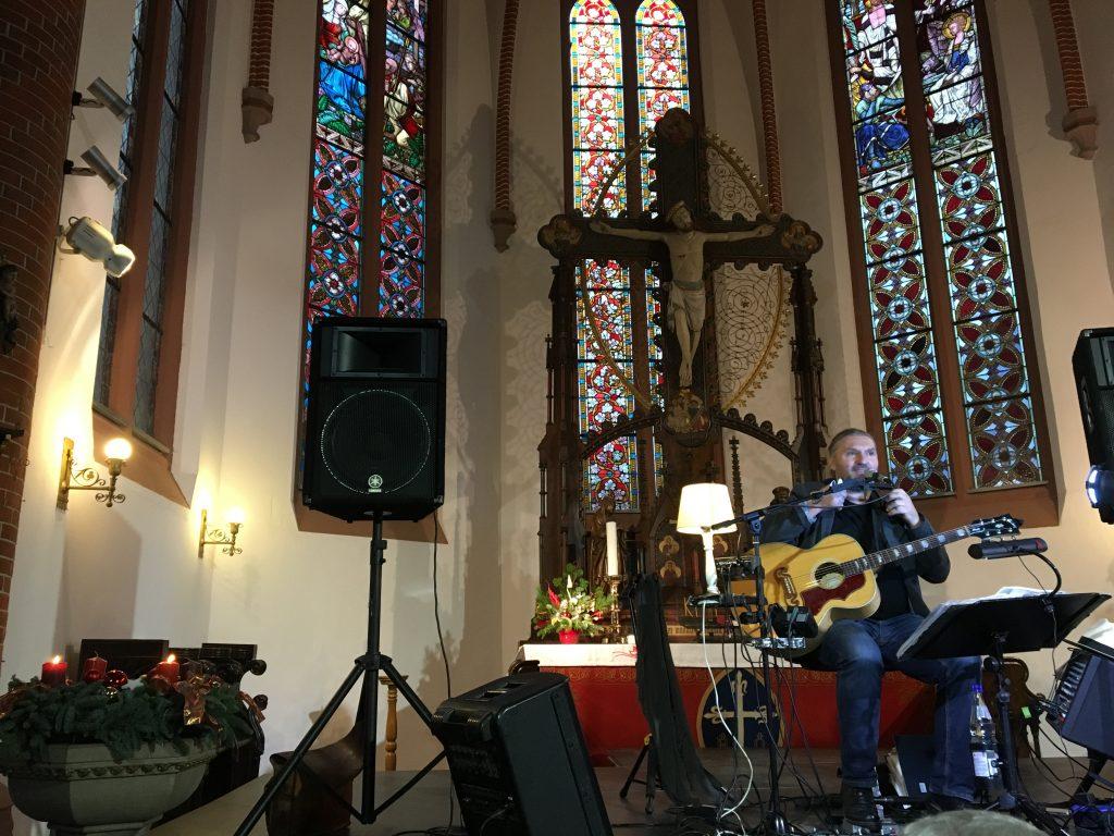 Adventskonzert mit Ronald Gäßlein am 8. Dezember 2019 um 15:00 Uhr in der Ilfelder Kirche